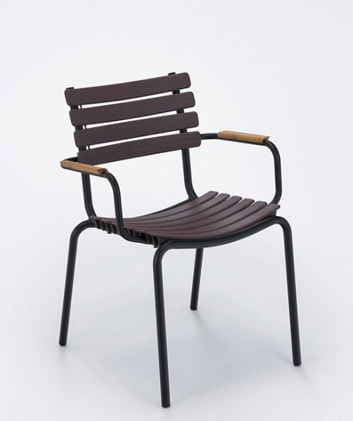 Armlehnstuhl Clips mit Holzarmlehnen Sitzschale pflaume Houe