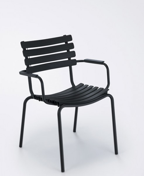 Armlehnstuhl Clips mit Aluminium Armlehnen Sitzschale schawrz von Houe
