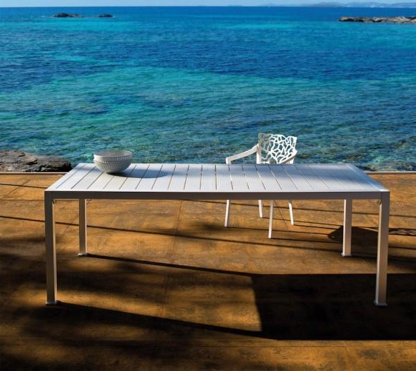 Tisch Thali von Driade, Größe 210 cm x 90 cm, aus silberfarbigem eleoxiertem Aluminium