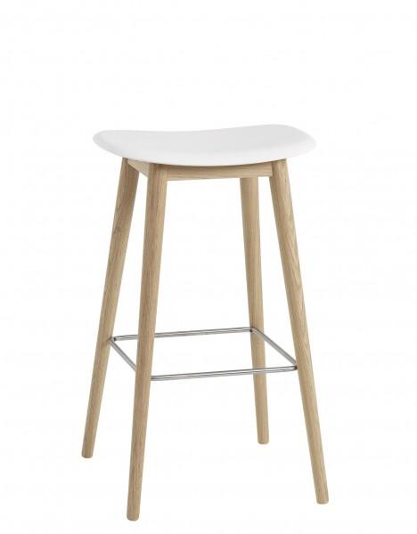 Barhocker Fiber Bar Stool mit Holzbeinen Sitzschale natural white  Gestell Eiche natur Höhe 75 cm