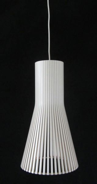 Pendelleuchte Secto 4201 von Secto Design, Oberfläche Birke weiß laminiert