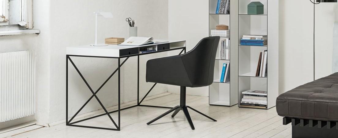 Schreibtisch-Wogg-Caro