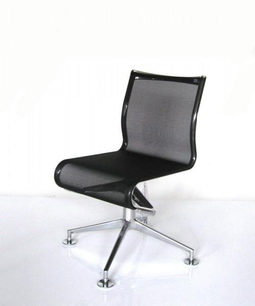 Drehstuhl 466 Meetingframe+ von Alias, Sitz- und Rücken Netzgewebe schwarz, Gestell Aluminium poliert