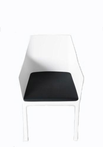 Sitzkissen Mem-schwarz-Kristalia