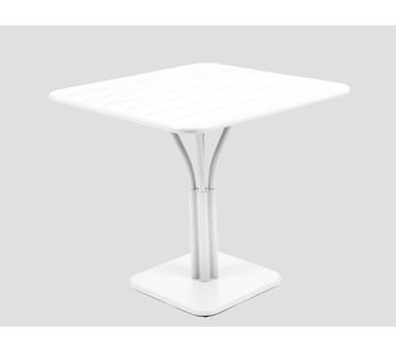 Tisch Luxembourg von Fermob in der Farbe baumwollweiß Tischplatte 80 cm x 80 cm