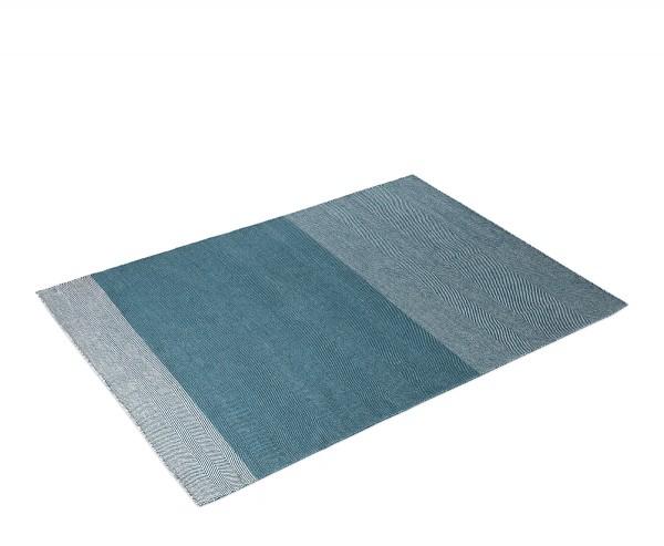 Teppich Varjo Rug blau 170 cm x 240 cm von Muuto