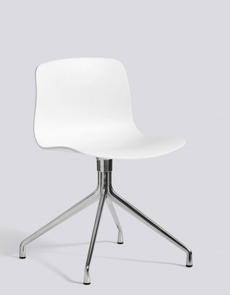 About a Chair AAC 10 von HAY, Sitzschale white, Drehgestell Aluminium poliert