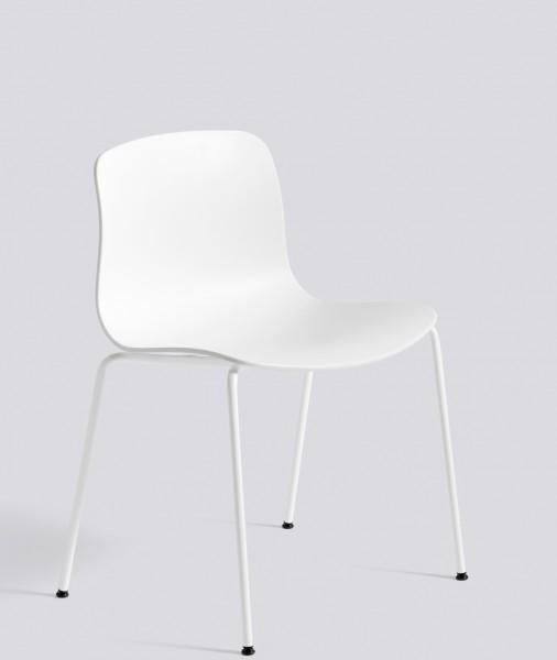 About a Chair AAC 16 Sitzschale und Gestell weiss von Hay