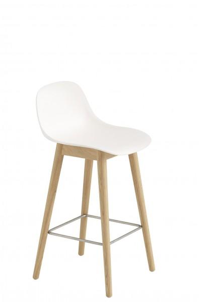 Barstuhl Fiber Bar Stool with Backrest mit Holzbeinen, Sitzschale naturale white, Gestell Eiche Muuto, Höhe 65 cm