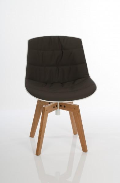 Stuhl Flow von MDF Italia, Gestell Eiche massiv klar lackiert, Schale weiß, Bezug Londra Farbe 06 dunkelbraun