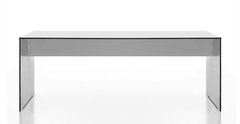 Tisch Riva von Conmoto in der Ausführung weiß mit schwarzen Kanten
